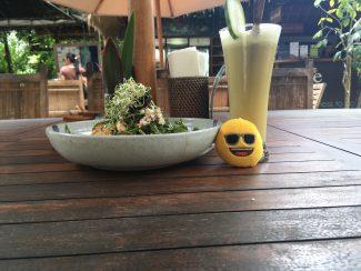 Heerlijke gezonde salade bij Yoga Barn in Ubud