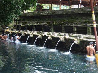 Pura Tirta Empul in Tampaksiring op Bali