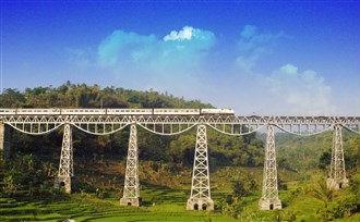 Treinreis door Java, rondreizen door Indonesië