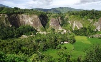 Actieve - reis - Sumatra - Bukittinggi - Sianok kloof