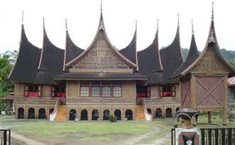 Bezoek Bukittinggi op Sumatra, rondreis door Indonesië
