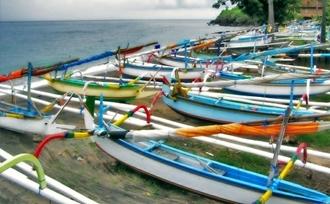 Amed, Bali, reissuggesties van De Indonesië Regisseur voor uw rondreis door Indonesië.