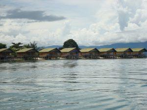 Indonesie-Regisseur-rondreis-Sulawesi-Posomeer-Tentena-Tando-Bone