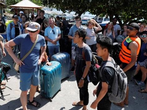 Na de bevingen op Lombok, staat Indonesië Regisseur u bij