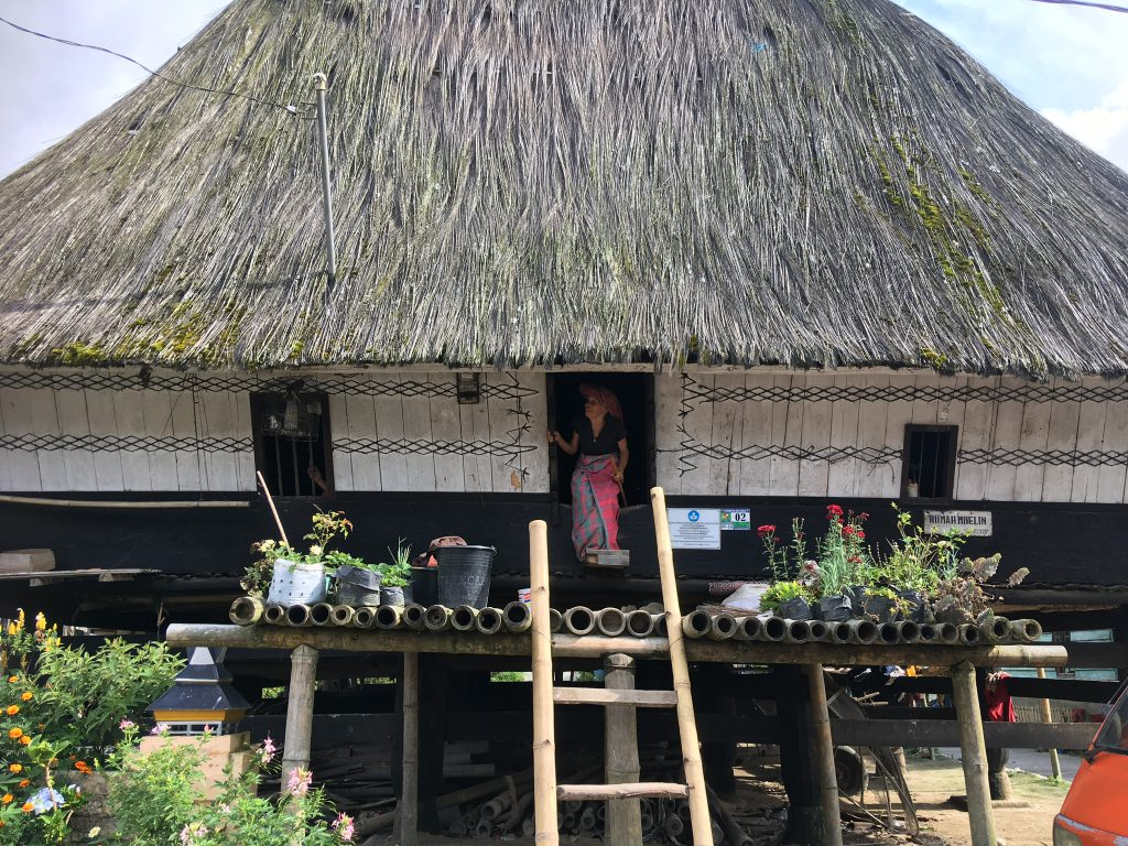 bezoek Batak Karo tijdens rondreis met familie op Sumatra